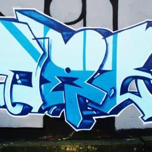 Ripulitura muri da scritte e graffiti Lecce