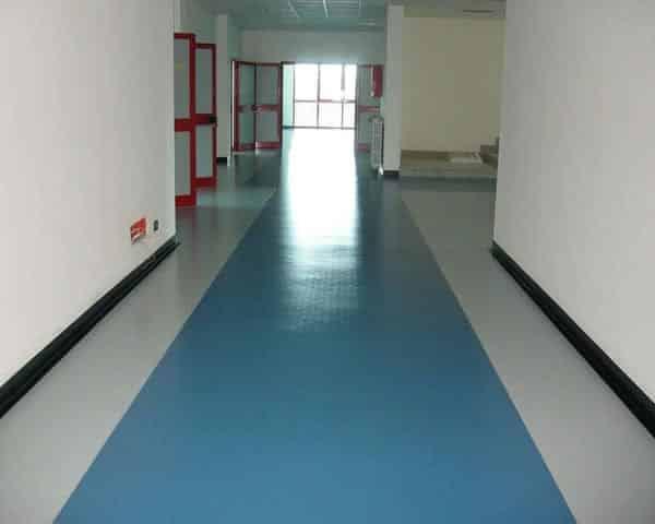 Trattamento Pulizia e Manutenzione dei pavimenti in Pvc Linoleum Gomma
